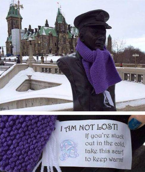 Canada free scarves