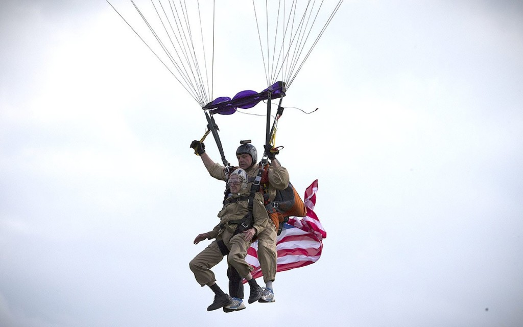 paratrooper jumps