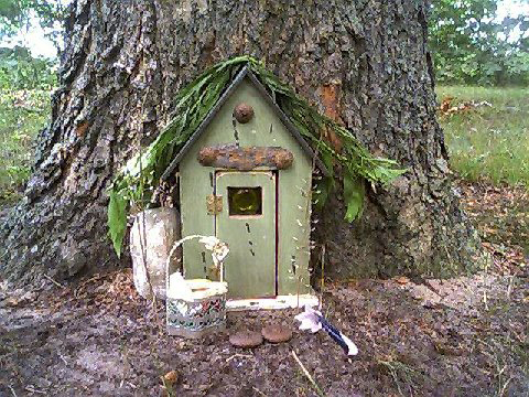 CottageDoortree