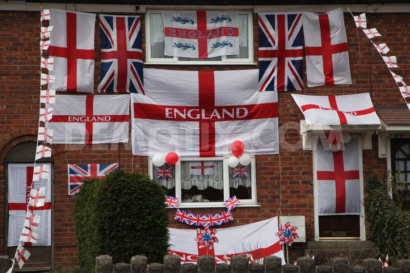 St George England home flags