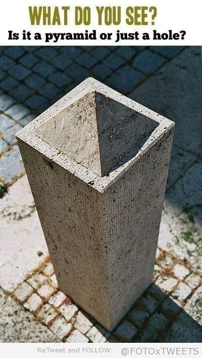 optical illusion - pyramid or hole